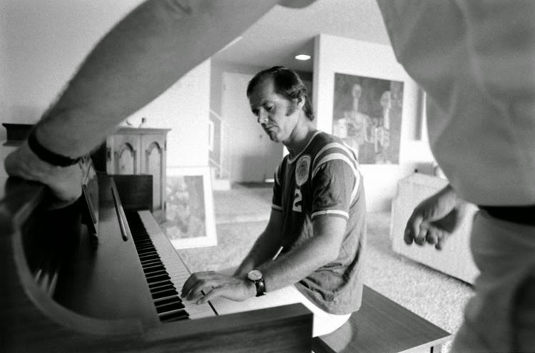 Jack Nicholson at home in Los Angeles, 1969 (12)
