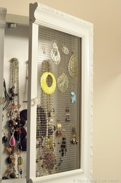 medicine cabinet jewelry tutorial