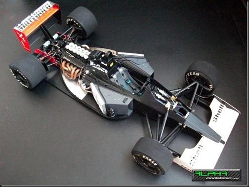 McLaren MP4-6_14