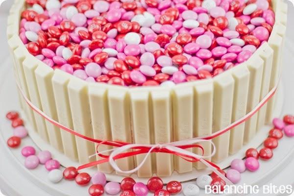 Valentine Kit Kat Cake - Balancing Bites