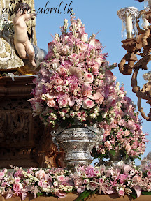 exorno-floral-procesion-carmen-coronada-malaga-2012-alvaro-abril-flor-(33).jpg
