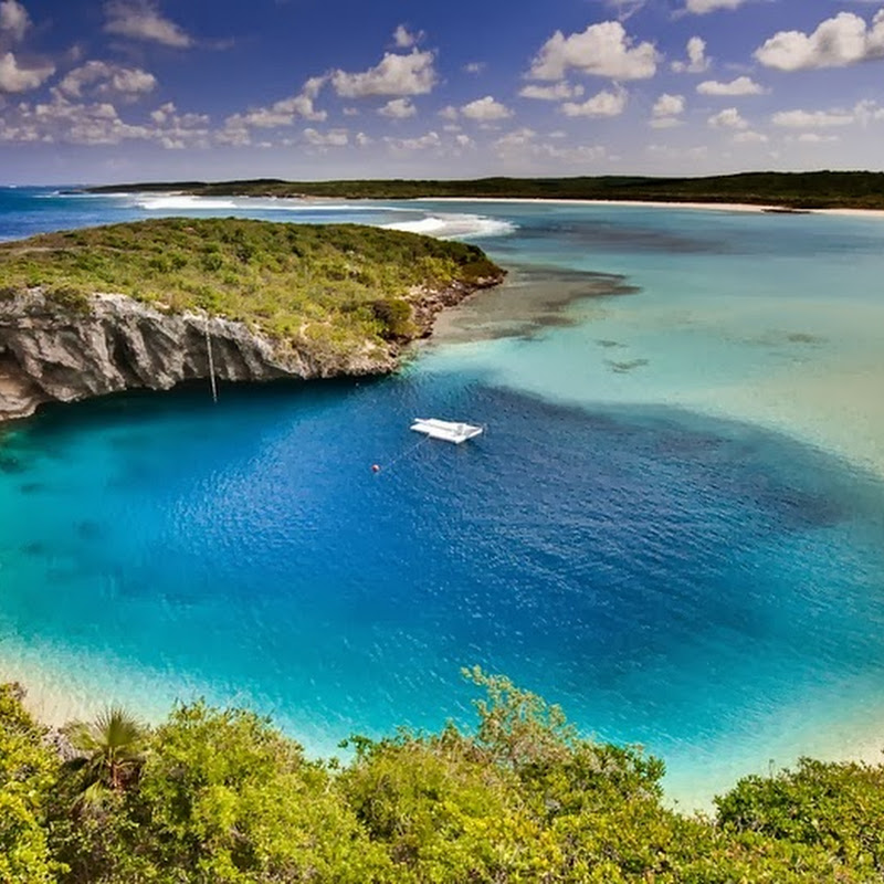 Dean's Blue Hole, World's Deepest Blue Hole