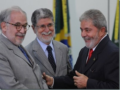 3 diplomatas