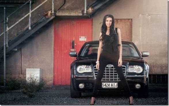 cars-women-mechanic-14