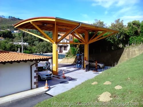 Marquesina madera gasolinera (2)