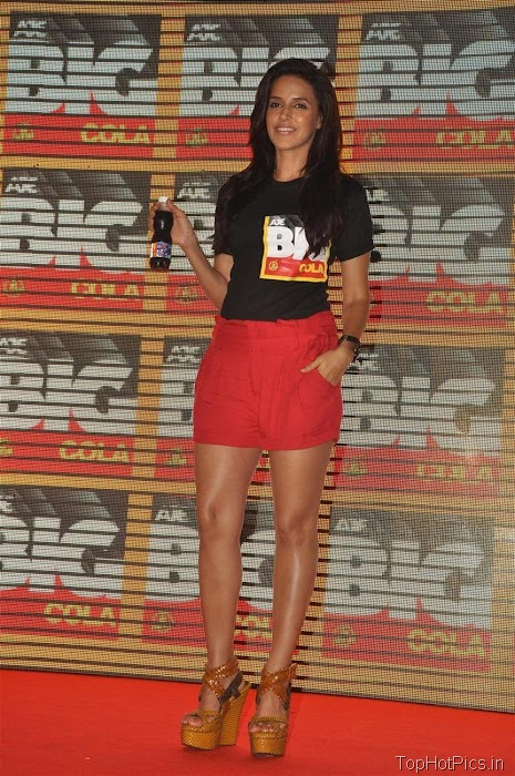 Neha Dhupia Hot Pics in Short Red Pants 11