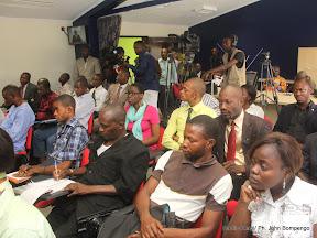 Quelques participants à la conférence de presse de Lambert Mende Omalanga, ministre de la Communications et médias de la RDC ce 28/07/2011 à Kinshasa. Radio Okapi/ Ph. John Bompengo