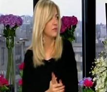 الشاعرة اللبنانية نادين سلامة3