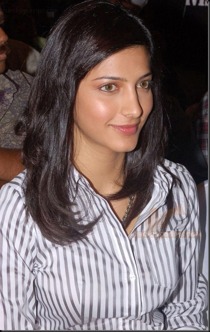 shruti-hassan-stills-134
