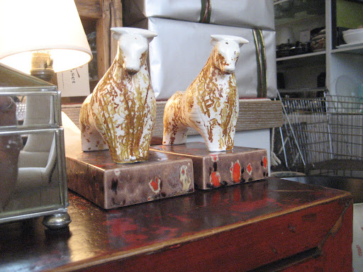 I love the painterly style of these clay cattle bookends.
