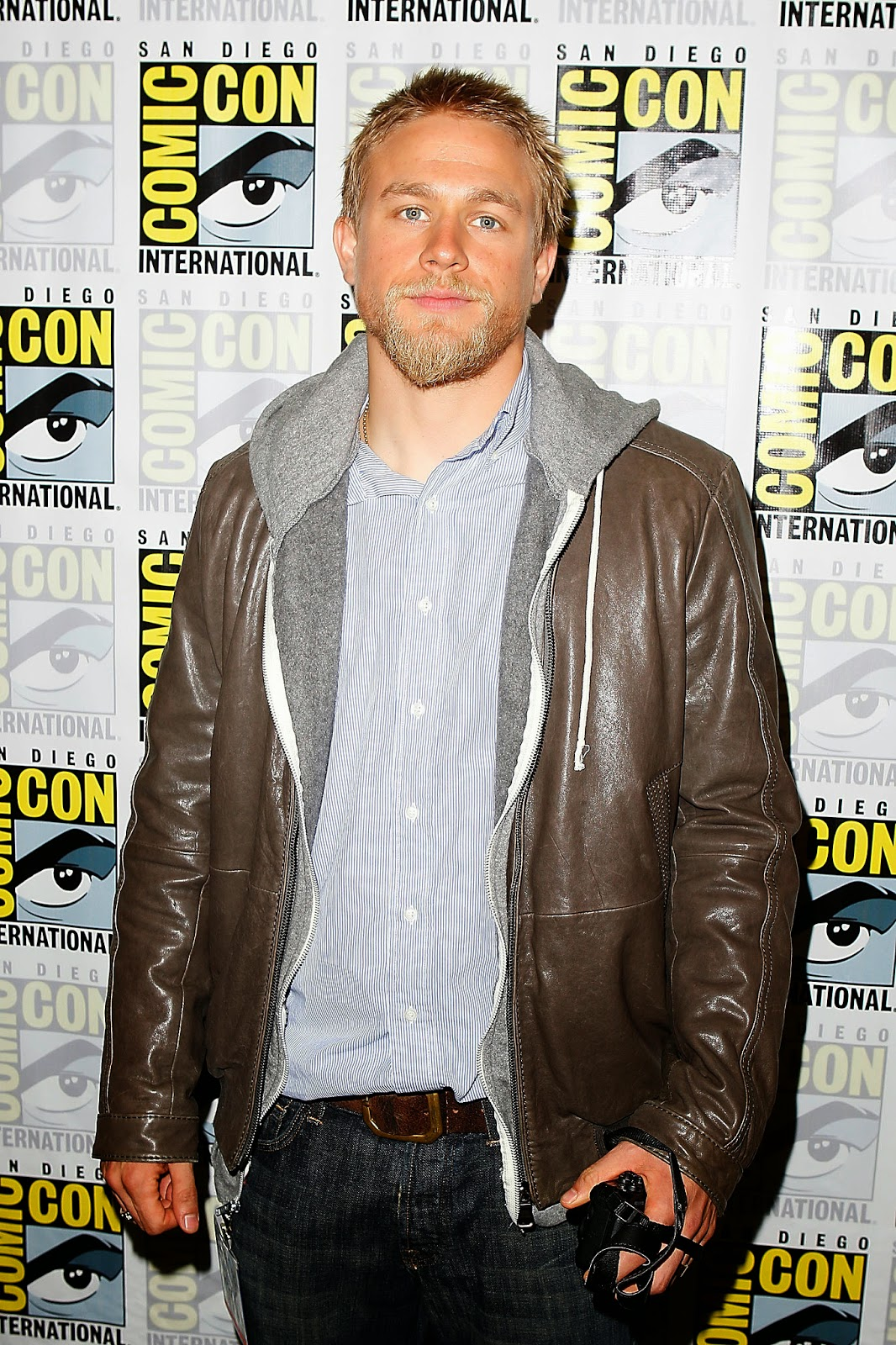 39sons of anarchy39 star charlie hunnam lands king arthur lead sons of anarchy star charlie hunnam lands king arthur lead kristyandbryce Choice Image