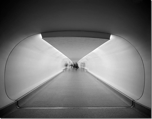 Ezra Stoller_TWA Terminal at Idlewild (now JFK) Airport, Eero Saarinen, New York, NY, 1962 3