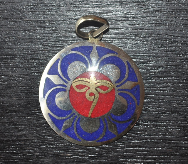 Pendant with Lapis