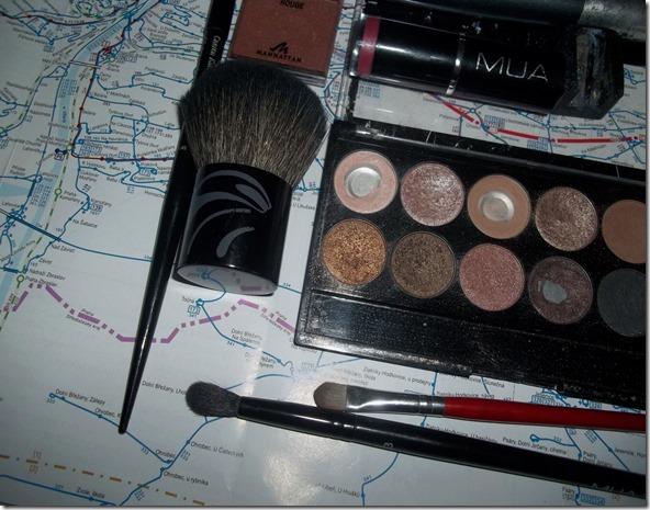 Obsah kosmetické tašky (3)
