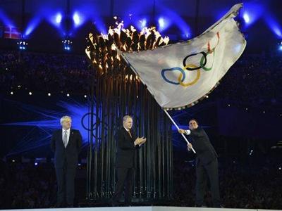 eduardo paes encerramento Londres olimpíadas - Priscila e Maxwell Palheta