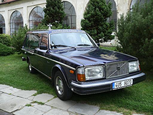 Viktor - Volvo 244 GL D6