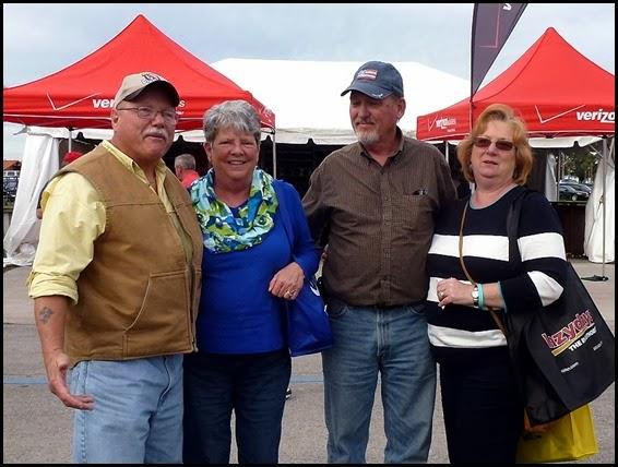 01h - RV Supershow - Lee, Martha, Neal, Nancy