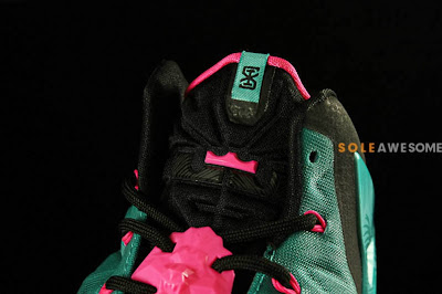 nike lebron 11 gr south beach 2 01 Nike LeBron XI South Beach Release Date (616175 330)