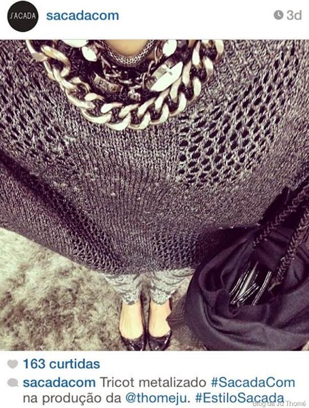 look calça estampada, tricô e lenço no cabelo (2)