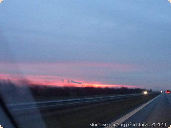 solopgang på motorvej