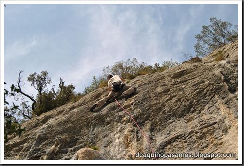 Escalada en Las Cabadas (Arenas de Cabrales, Asturias) (Ade) 5192