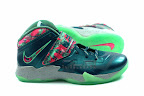 lebrons soldier7 power couple 15 web white The Showcase: Nike Zoom Soldier VII Power Couple (GitD)