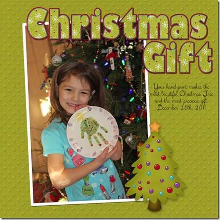 Sophia_2011-12-25_ChristmasGift web