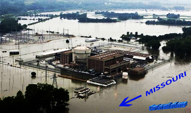 The Fort Calhoun nuclear power plant surrounded by Missouri River floodwaters, 14 June 2011. The direction of river flow is indicated by the arrow. japanquakereport.com