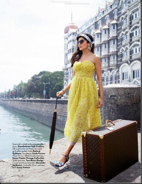 Anushka-Vogue-July-2013-Bollyone_com_1-789x1024