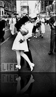 November 11-RemembranceDay-SocialCommentary-War 3
