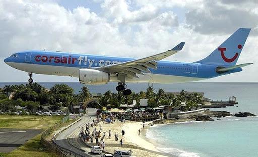 pesawat corsair