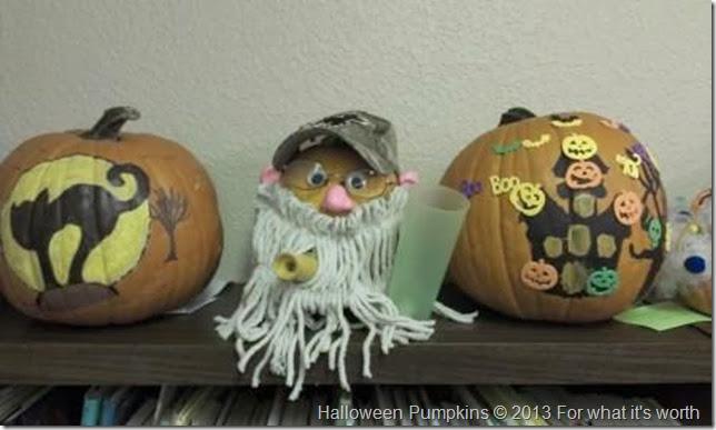 Si Robertson Halloween pumpkins