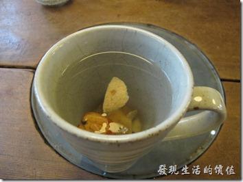 台南-奉茶。川貝檸檬