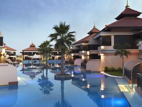 anantara-dubai-the-palm-resort-and-spa-lagoon-villas-view