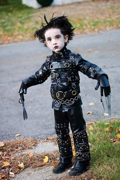Halloween costumes 8