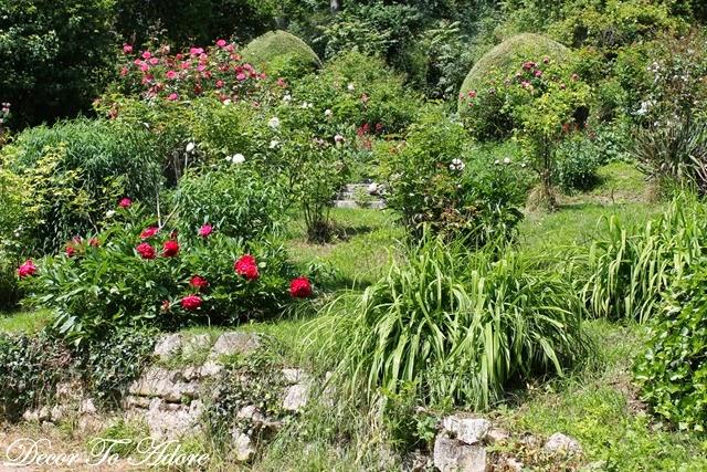 Monet's Garden 150