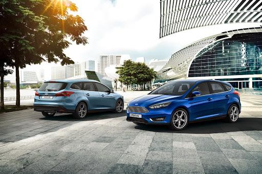 2015-Ford-Focus-24.jpg