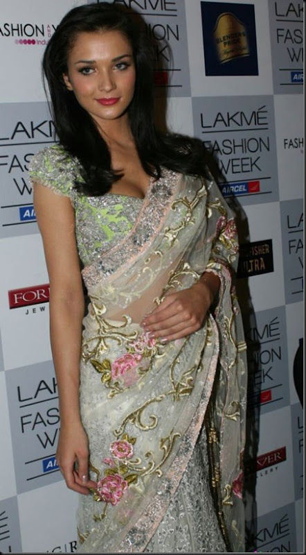 Amy Jackson at Lakme Fashion Week 2012_25