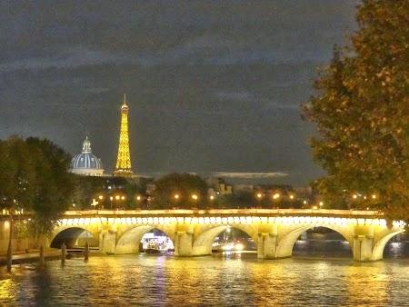Paris noaptea: Pod peste Sena