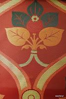 """Tkanina ozdobna typu """"adamaszek"""". Dwustronna. Na zasłony, poduszki, narzuty, dekoracje. Czerwona."""