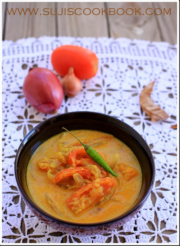 Tomato and onion curry