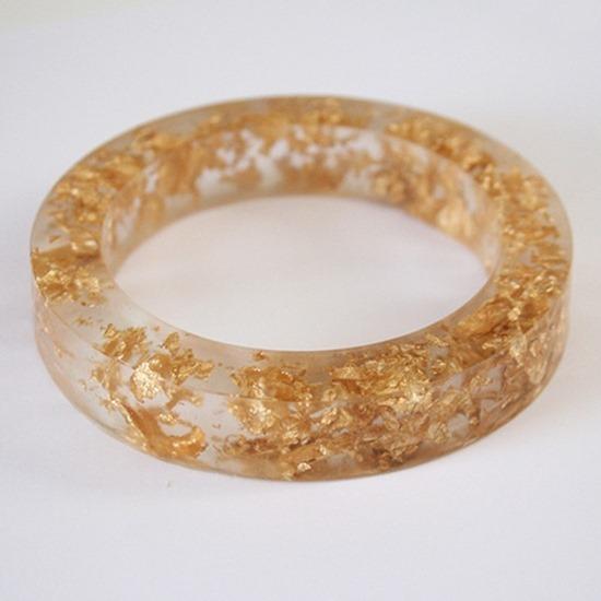 d001-gold-resin-bangle-dream-a-little-bigger