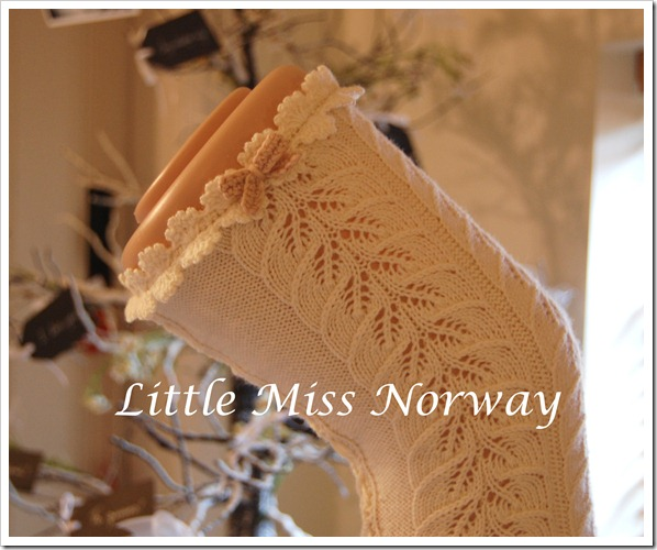 WINTER WHITE VM LEGWARMERS 12 5