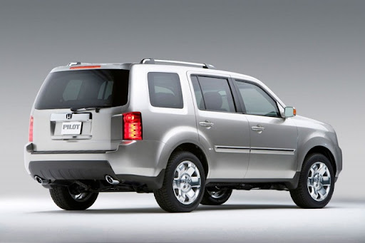 2011 Honda Pilot SUV   Rear Side View