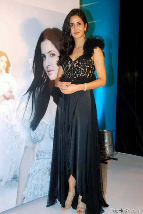 Katrina Kaif Hottest Pictures in Cute Black Dress 10