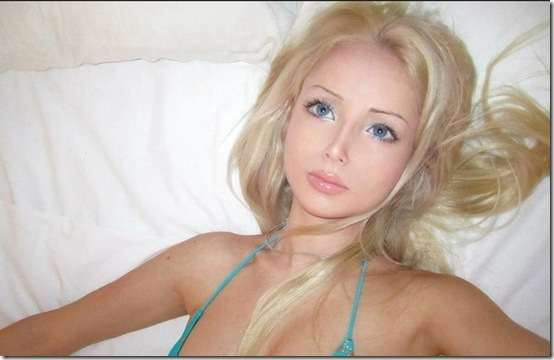 valeria-lukyanova-barbie-doll--14