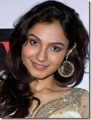actress_andrea_jeremiah_closeup_pic