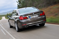 2013-BMW-7-Series-26.jpg