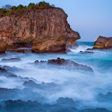 Pantai Wediombo dan Pantai Jungwok