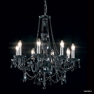 Żyrandol z kryształami. Czarne wykończenie. Wys 730 mm, Średnica 670 mm, światło 8 x 40W E14 typu świeca.
